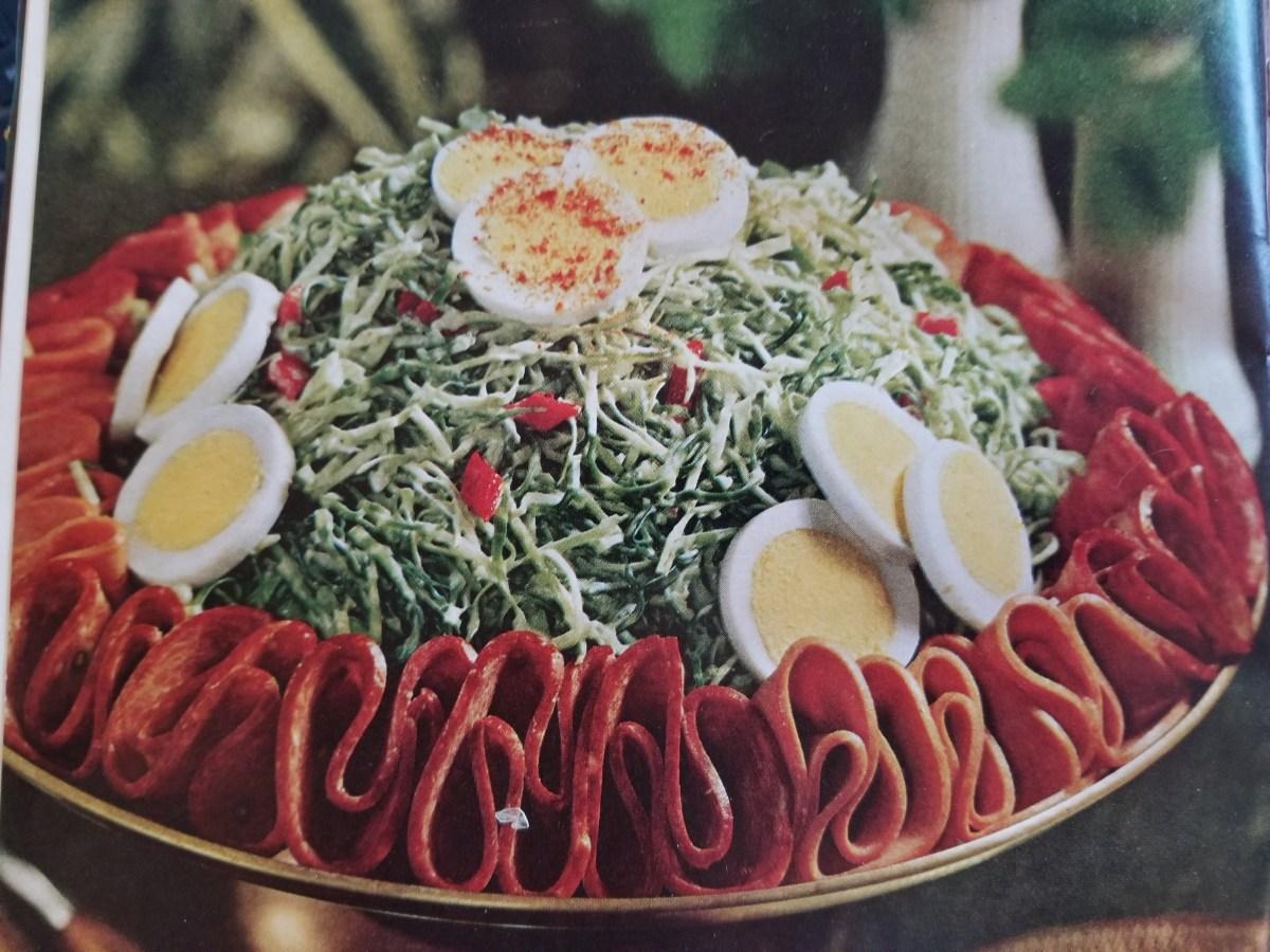 BH&G Barbecue Book: Blue Cheese Slaw (1967)