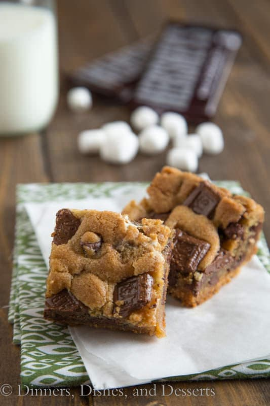 S'mores Cookie Bars {Dinners, Dishes, and Desserts}