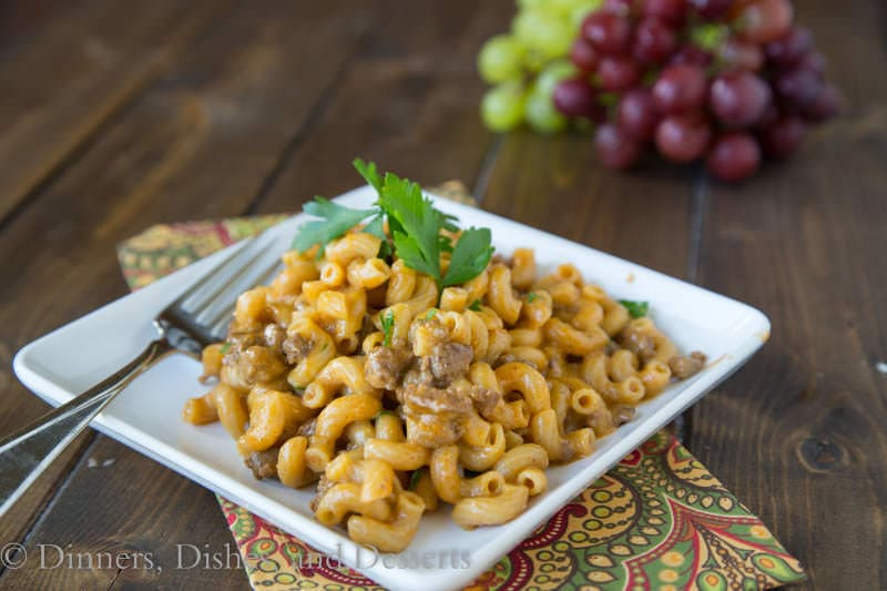 Cheeseburger Macaroni Skillet - a dinner the whole family will love, ready in just 20 minutes