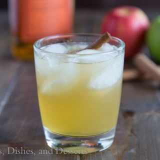Bourbon Apple Cider {Dinners, Dishes, and Desserts}