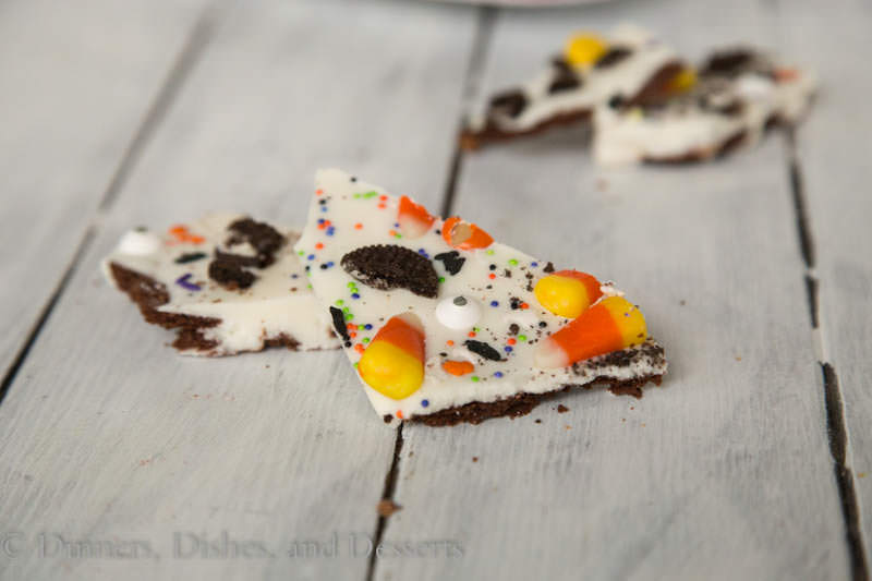 Brownie Brittle Halloween Bark {Dinners, Dishes, and Desserts}