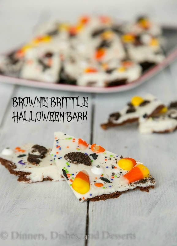 Brownie Brittle Halloween Bark - a fun and easy Halloween treat