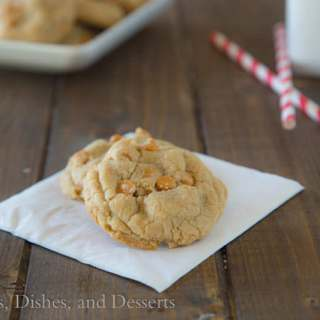 Soft and Chew Butterscotch Chip Pudding Cookies {Dinners, Dishes, and Desserts}