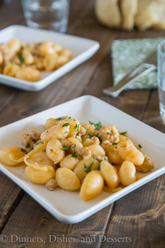 Gnocchi with Fennel & Sausage in a light tomato sauce - dinner is ready in 20 minutes!
