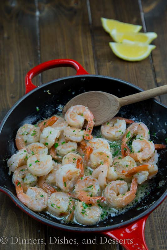 Lemon Garlic Shrimp - dinner is ready in 10 minute! Shrimp sauteed in garlic butter and finished with lemon juice. So easy!