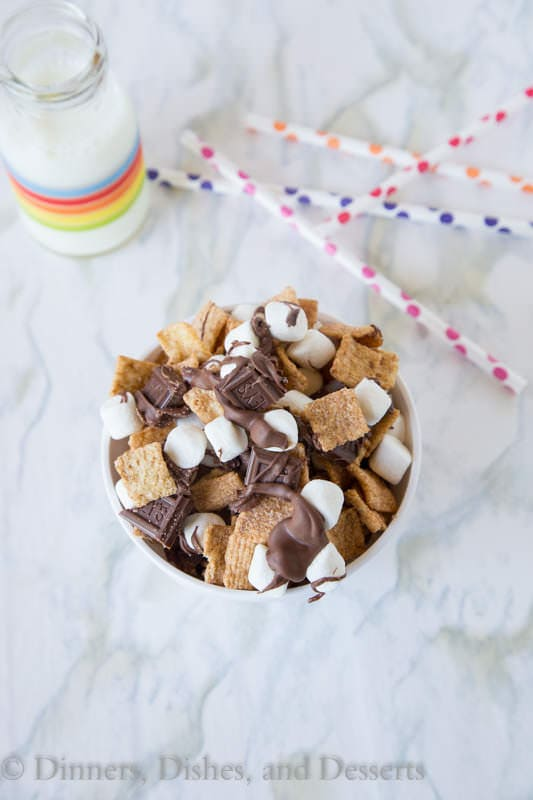 S'mores Snack Mix - a fun and easy way to enjoy classic s'mores anytime!  Great for lunch boxes, after school snacks, late night cravings...you name it!