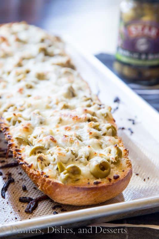 Garlic Olive Cheese Bread