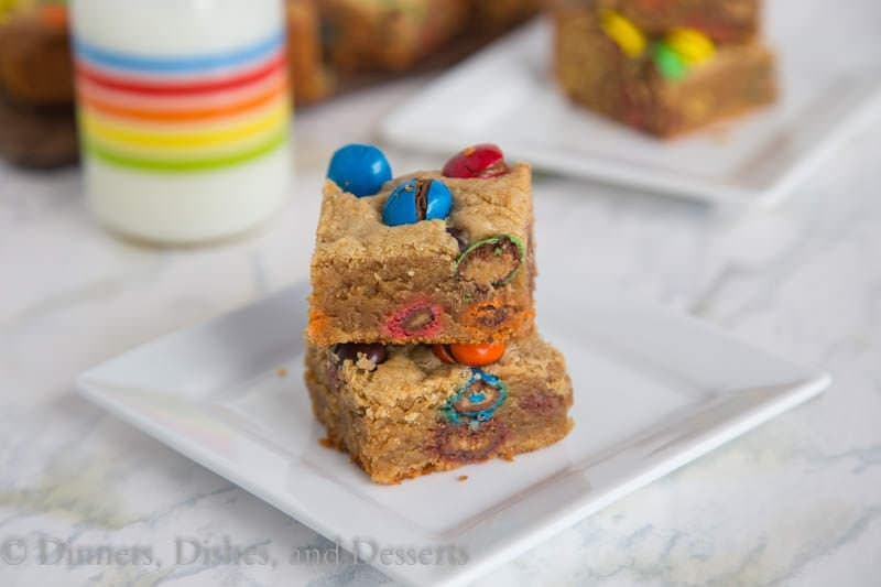 M&M Peanut Butter Bars {Dinners, Dishes, and Desserts}