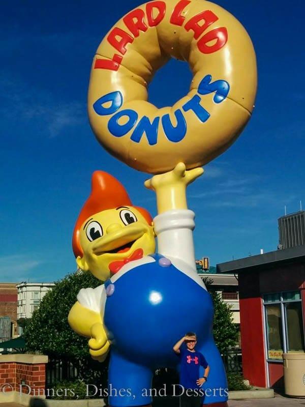 Universal Studios Orlando - Lard Lad Donuts