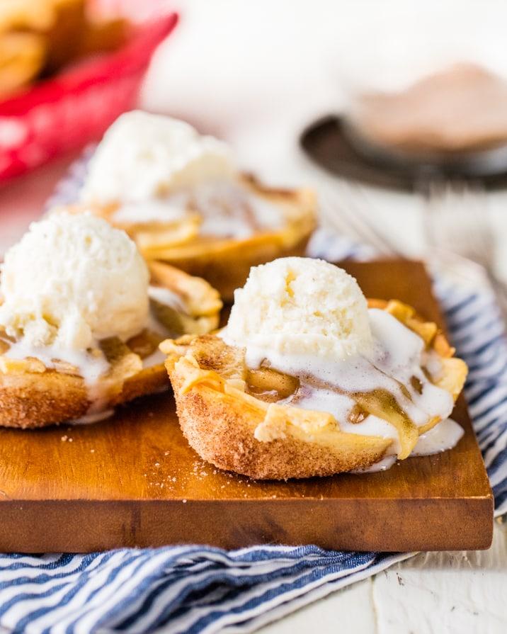 Apple Pie Taco Bites {The Cookie Rookie}