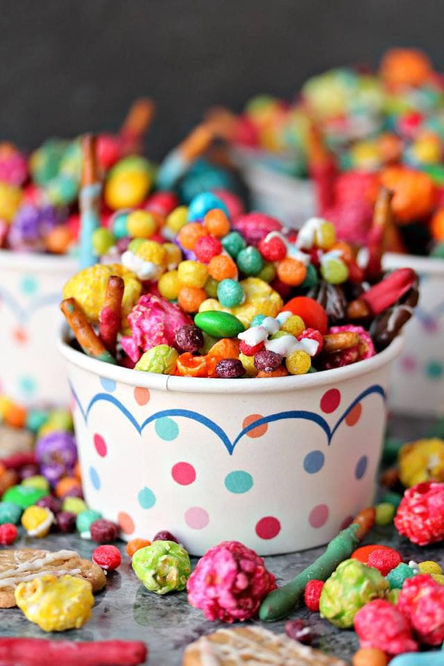 Mini Trix Jedi Mix with Lightsaber Pretzels {Cravings of a Lunatic}
