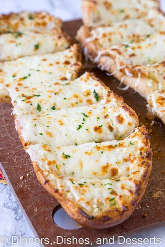 Cheesy Garlic Bread - cheesy, garlicky goodness that can accompany just about any meal on any night of the week!