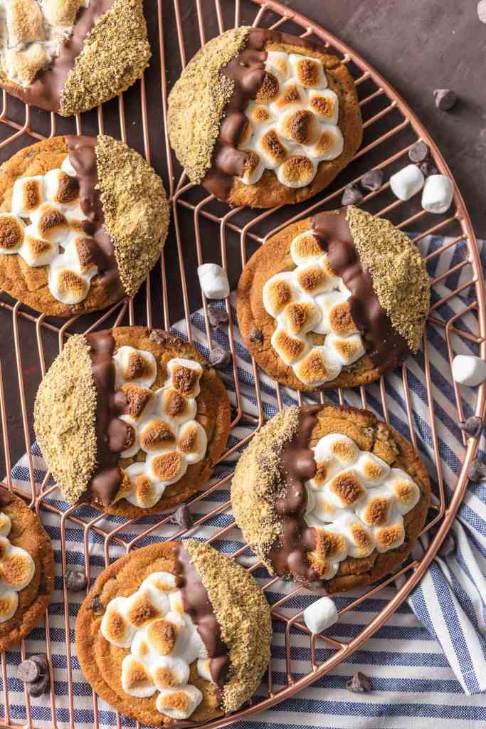 Easy S'more Cookies {The Cookie Rookie}