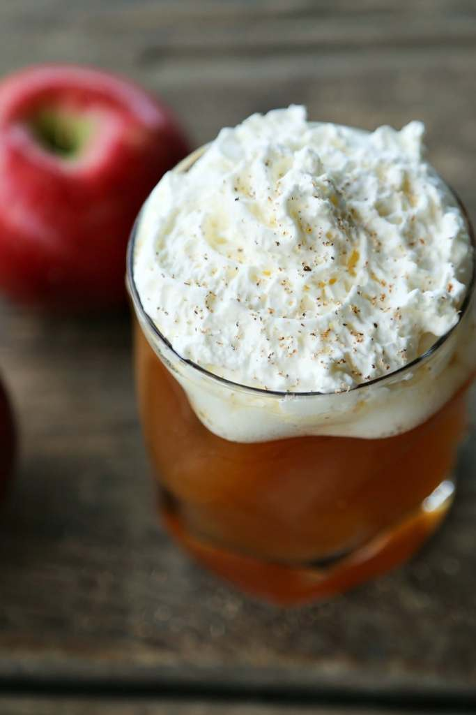 Hot Maple Bourbon Apple Cider {Foodie with Family}