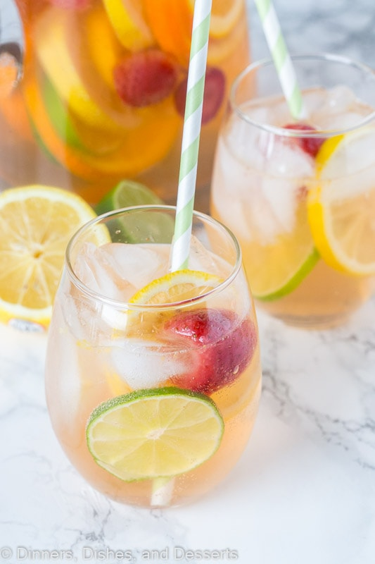 what is sangria - white wine sangria