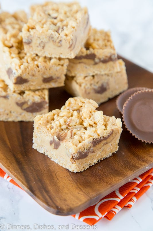 krispie treats with peanut butter and peanut butter cups