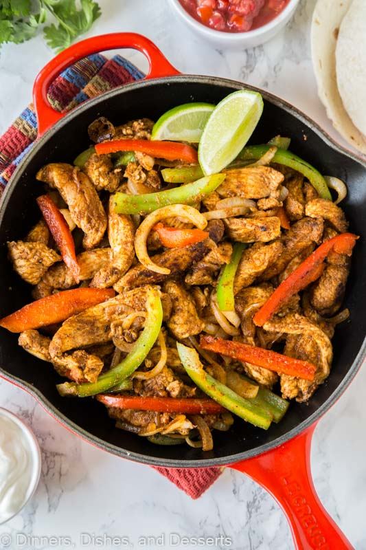 Easy Chicken Fajitas - skip going out and make chicken fajitas at home! Super easy to make any night of the week, take your taco night to a whole new level!