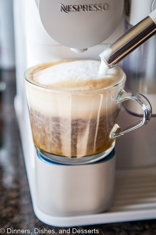 """Make your own coffee drinks at home with the De""""Longhi Lattissisma One"""