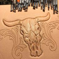 Cow Skull 皮雕圖案製作中