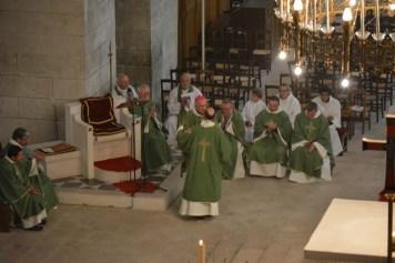 Stéphane Julien reçoit sa mission de l'évêque
