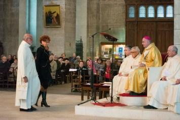 Présentation à l'évêque.