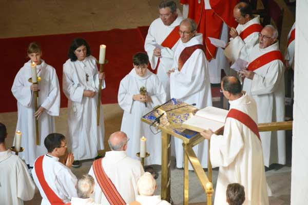 Le diaconat : un peu d'histoire