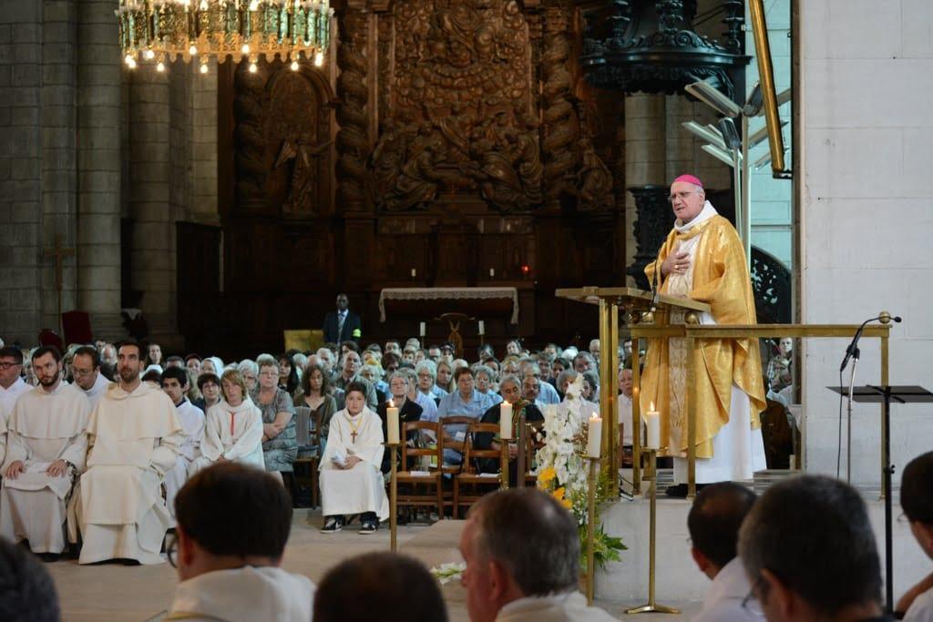 ordination_Nicolas jean_Luc_web-8