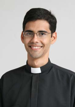 Pe. Rogério Gomes Alves