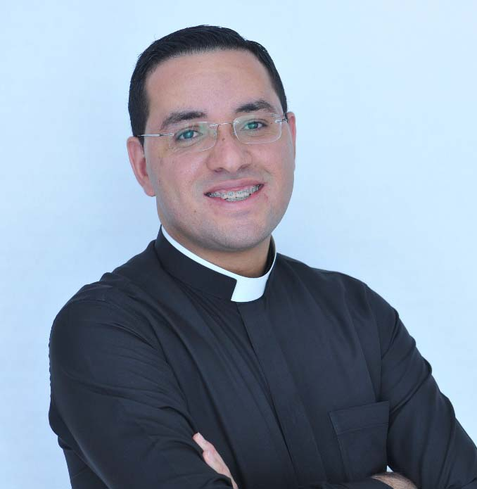 Pe. Raynner Leonardo Ferreira Flor
