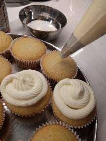 coconut-cupcake-14