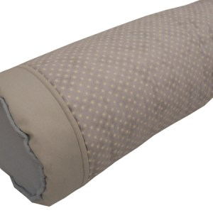 rolo lateral de berço estampado cinza de estrelinhas