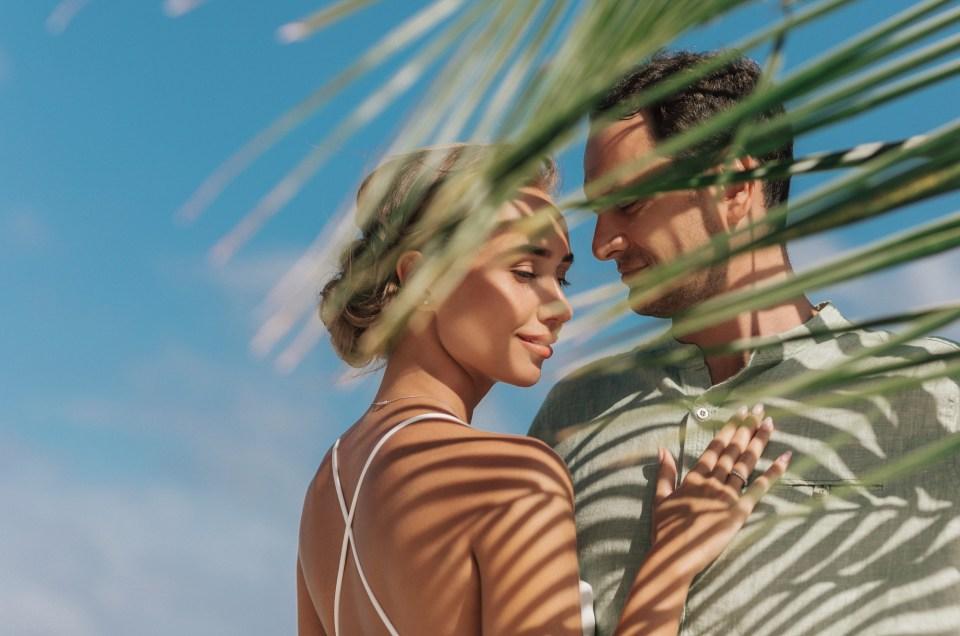 Honeymoon Photoshoot in Cancun