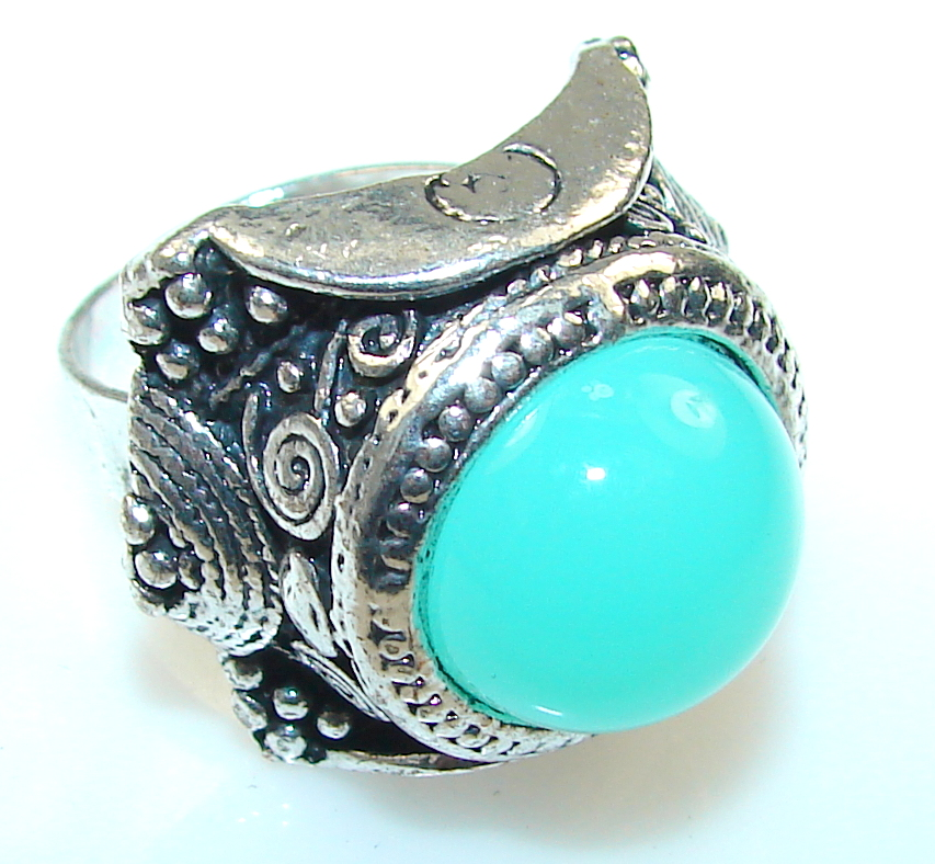 Awesome Green Agate Silver Plated ring s. 8- Up