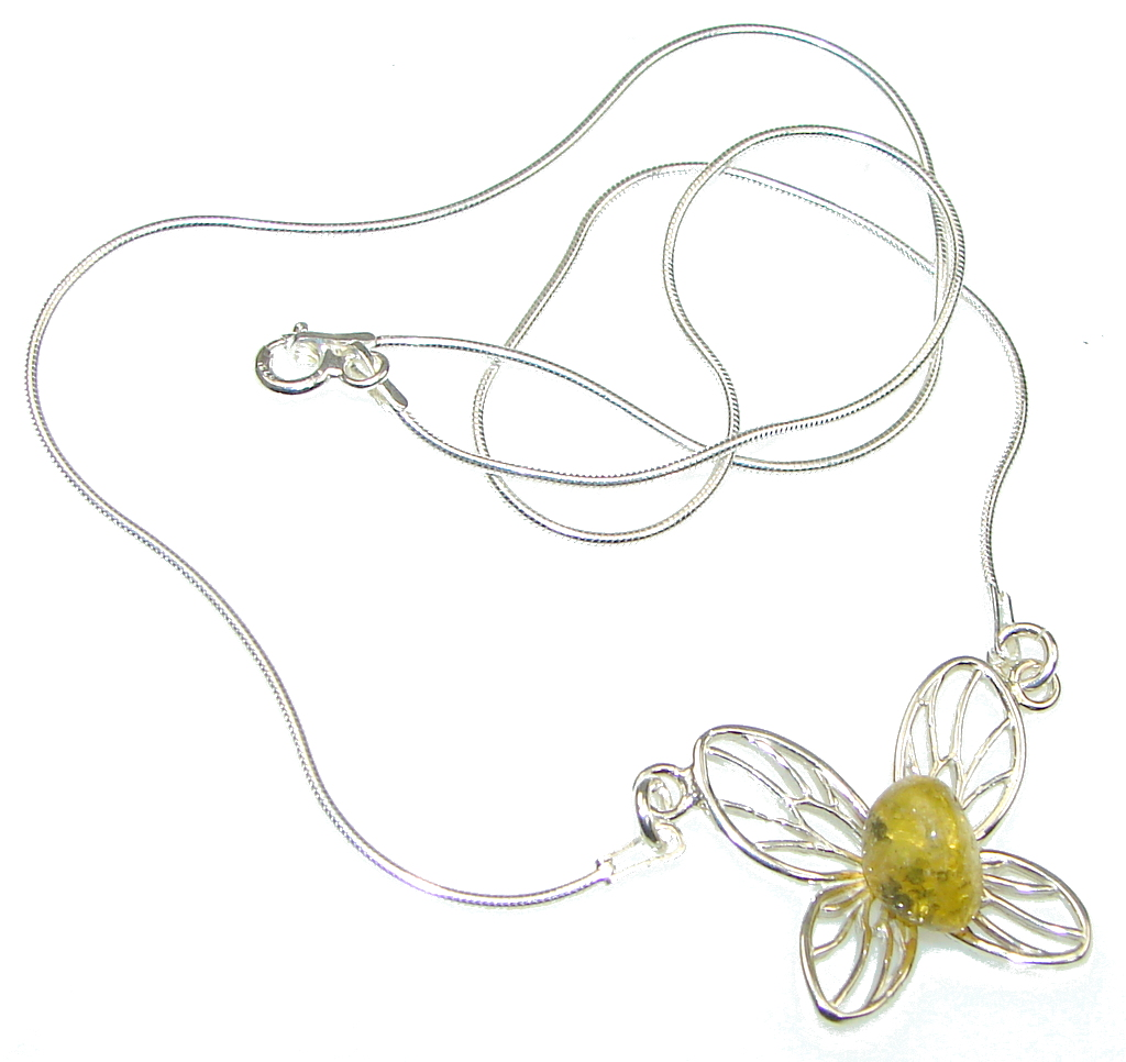 Perfect! Yellow Polish Amber Sterling Silver necklace