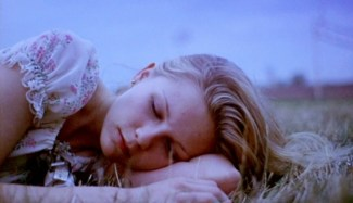 Kirsten Dunst in The Virgin Suicides