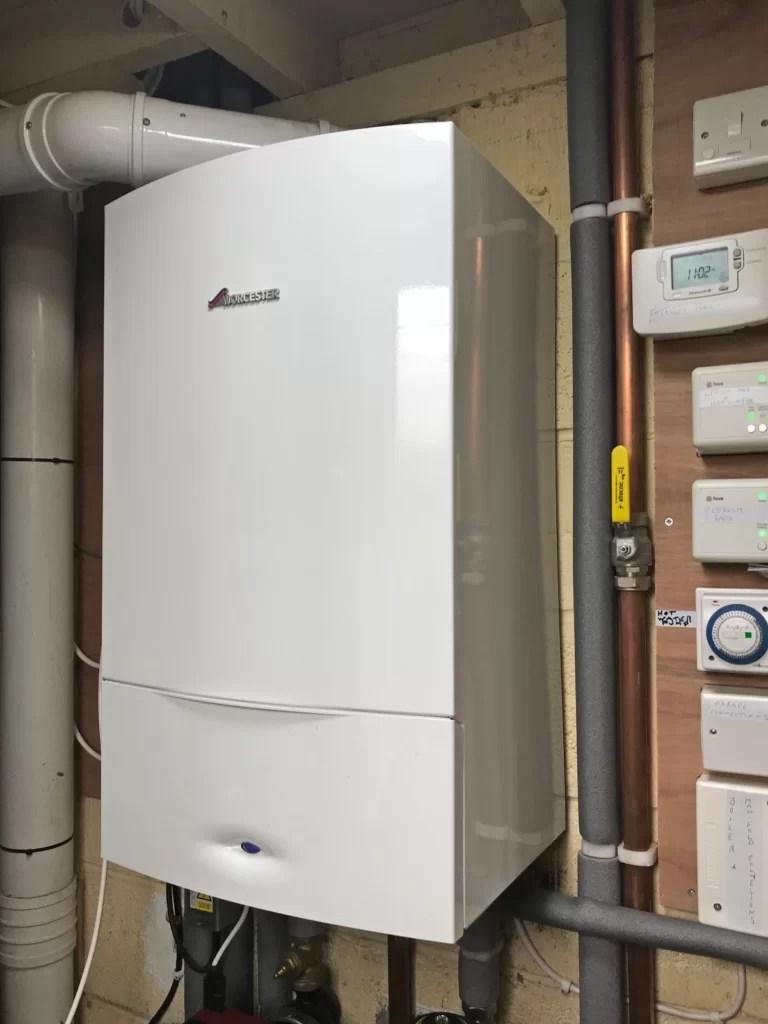 High-efficiency combi boilers