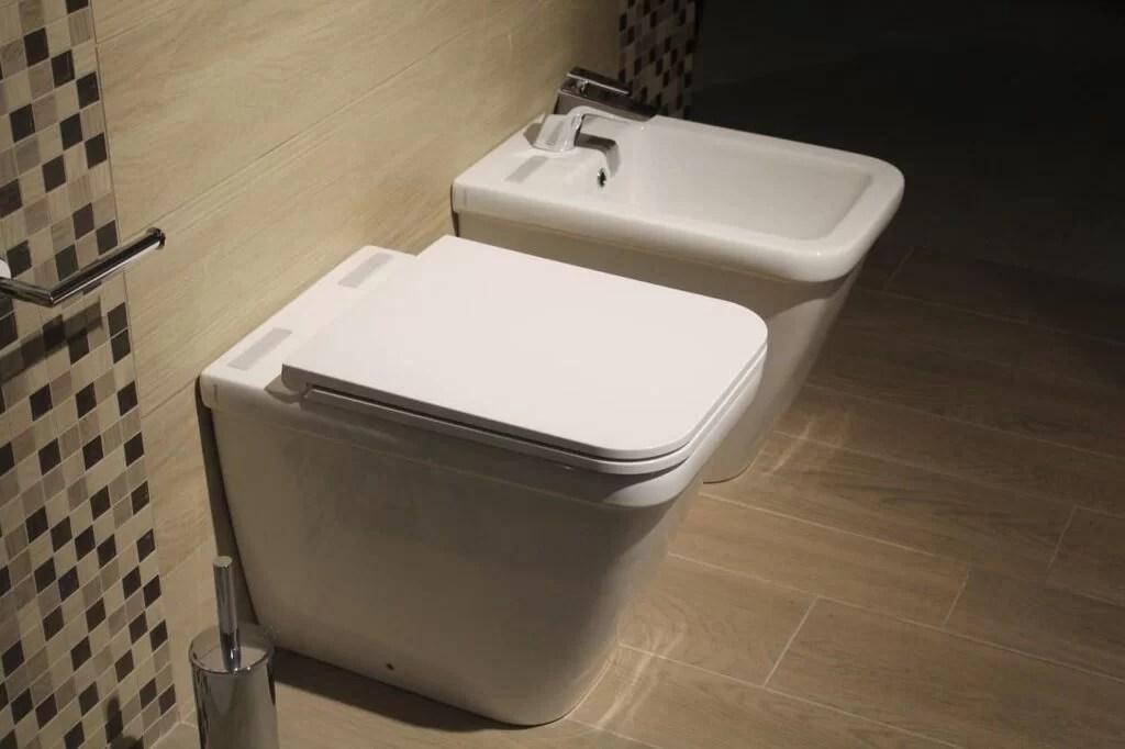 Leeds Plumber Advice; how to fix a running toilet