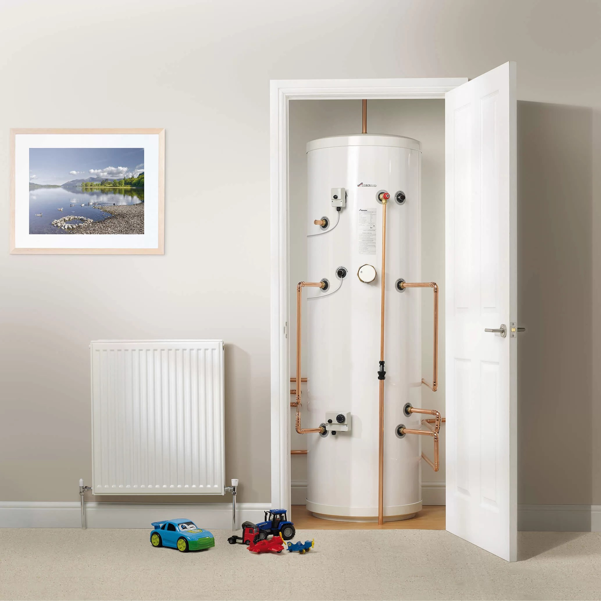 Unvented Hot Water Cylinders Leeds | The Benefits of Installation