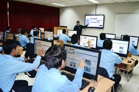 Las carreras técnicas con más futuro y mejores ingresos