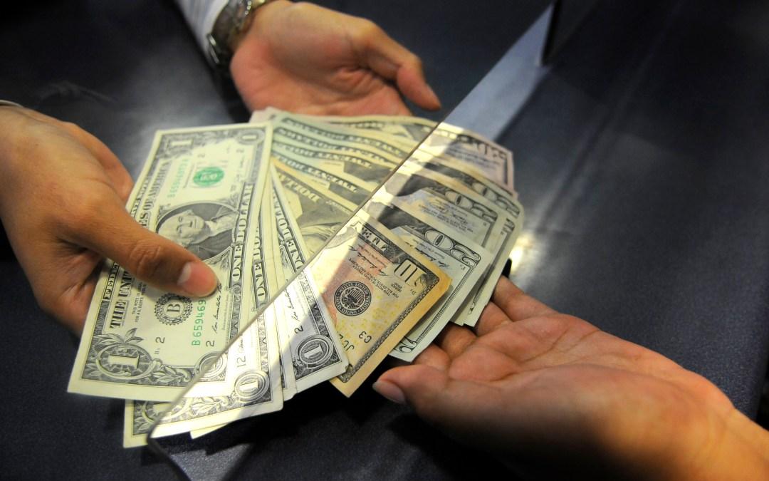 ¿Qué afecta a los tipos de cambio?