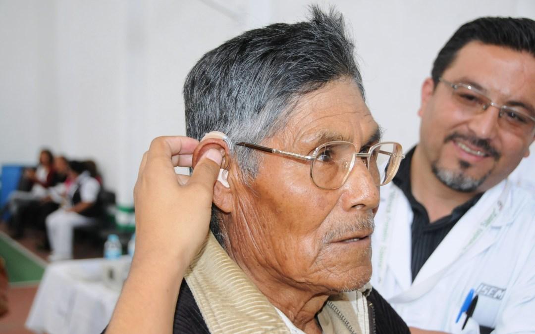 Aparatos auditivos para personas adultas