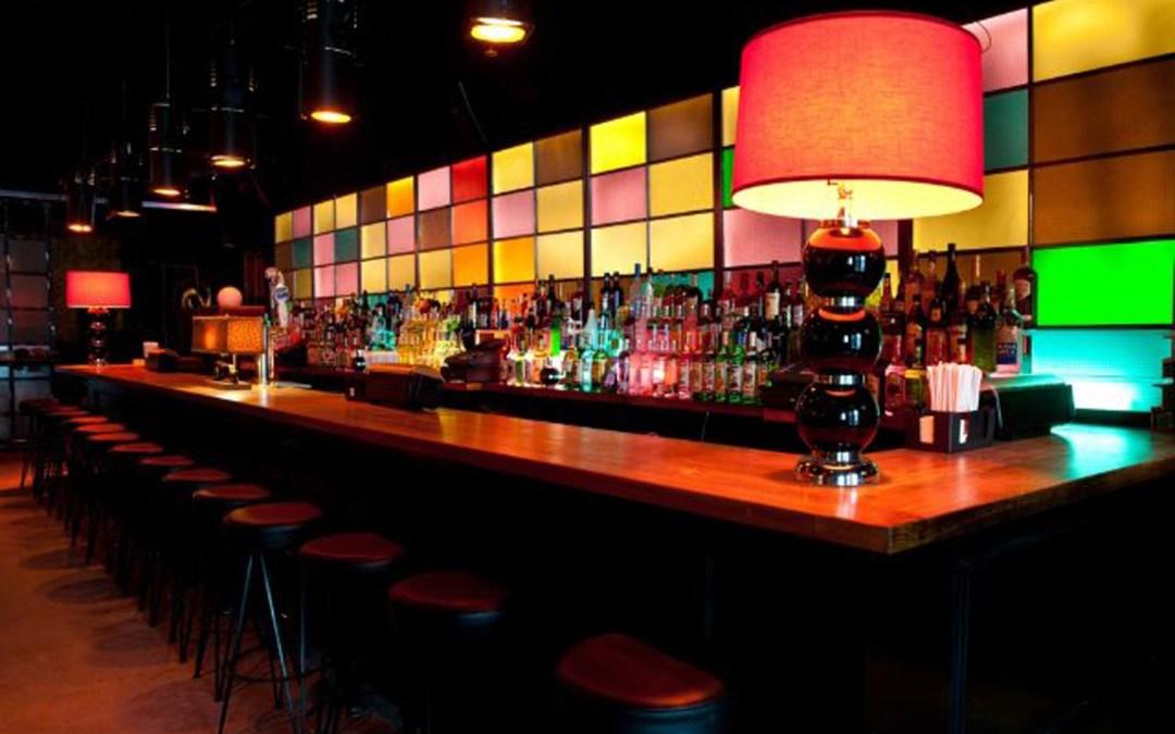 ¿Bar o club?