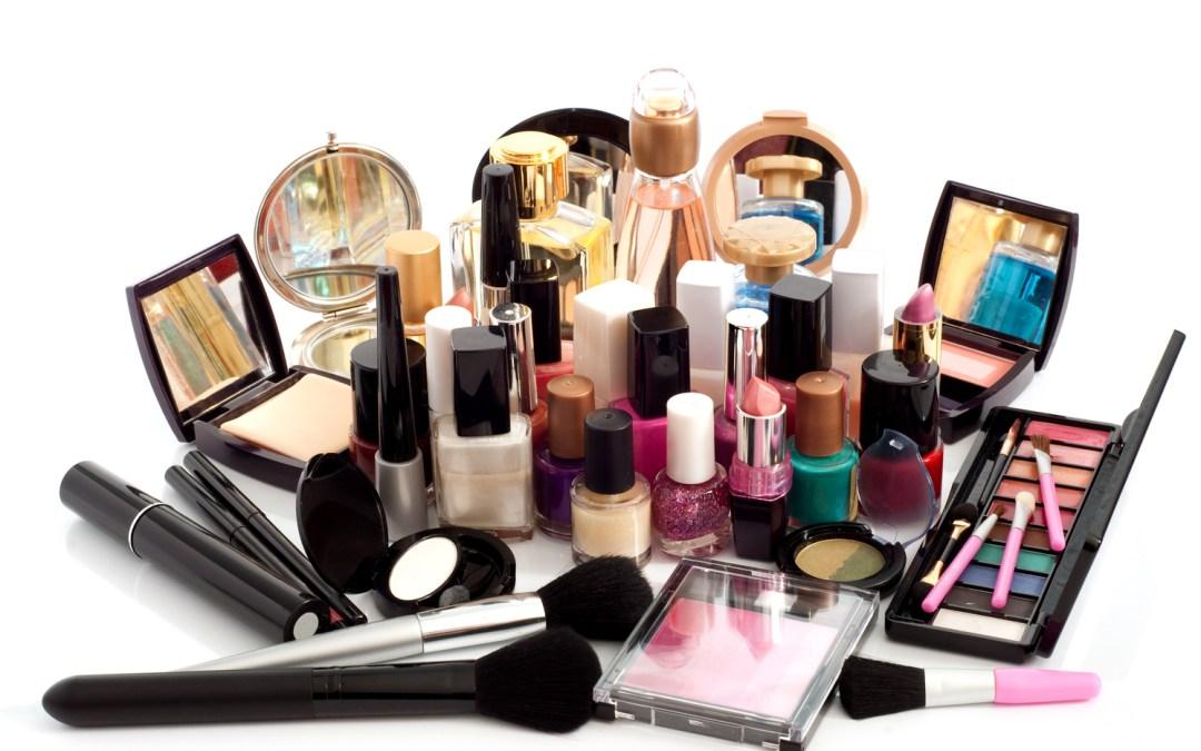 Ingredientes que tienen los cosméticos que son dañinos para la salud