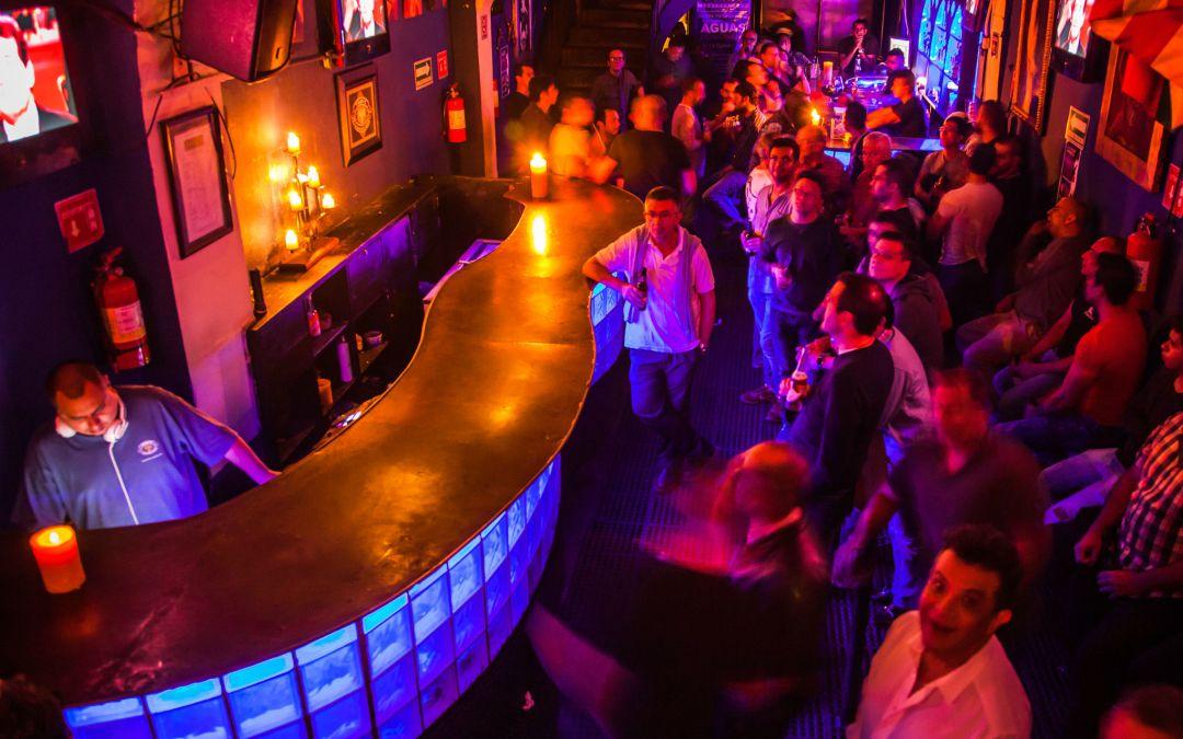 Diferencia entre antro y discoteca