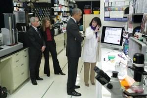 President during NIH lab visit