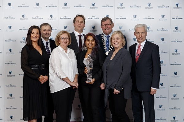 Pictured representing Cahir at the 2019 Bank of Ireland National Enterprise Town Awards are: Barry O'Donovan, Eleanor Morrissey, Geraldine Byron, Sumana Kelly, Anthony Coleman, Cllr. Michael Fitzgerald, Joe McGrath and Hilde Dolan.