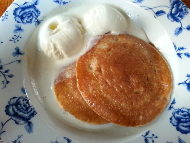American-style Pancakes with Ice Cream and Maple-Flavour Syrup