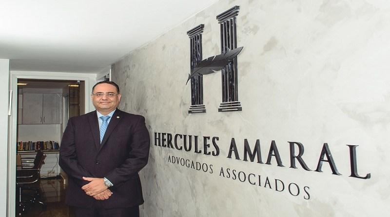 Adv. Hércules Amaral comemora 20 anos na Comissão de Direitos do Consumidor da OAB-CE