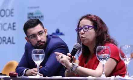 Discípula de Brizola e Darcy Ribeiro, advogada Vânia Aieta critica a criminalização da política