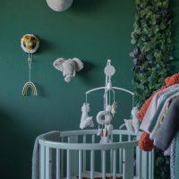 Binnenkijken met Stokke in de jungle babykamer bij Laura thuis